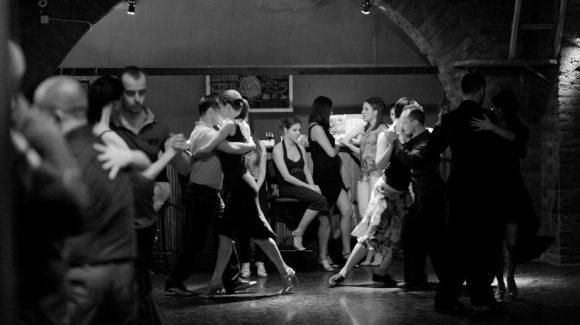 Всем влюбленным в танго!