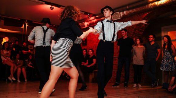 Друзья, в эту субботу снова танцевальный сбор!